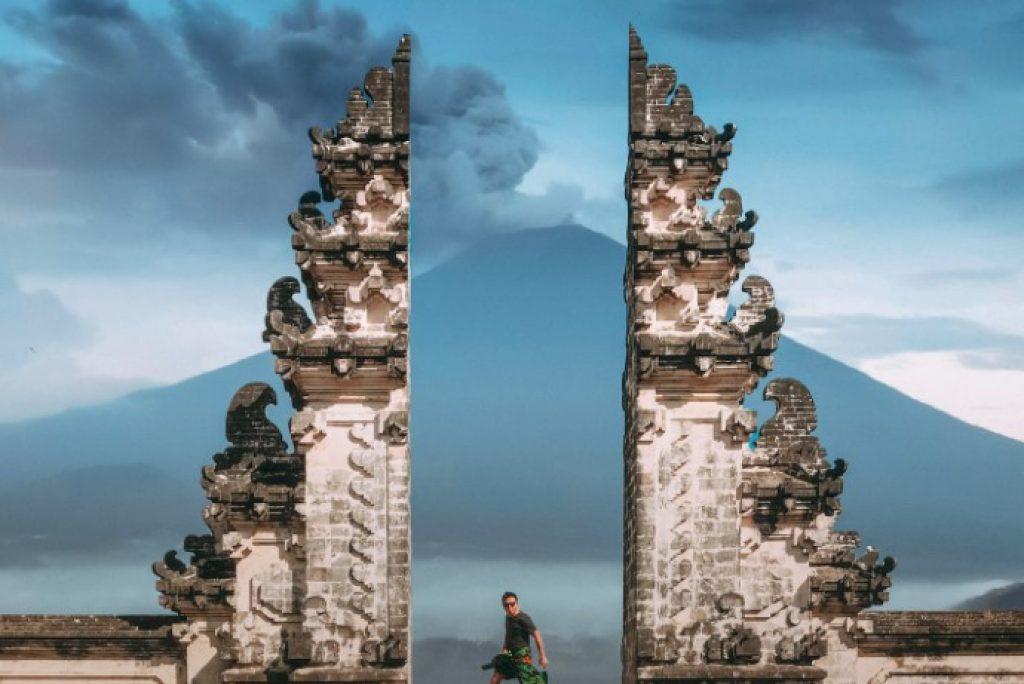 CỔNG TRỜI BALI – GATEWAY TO HEAVEN BALI