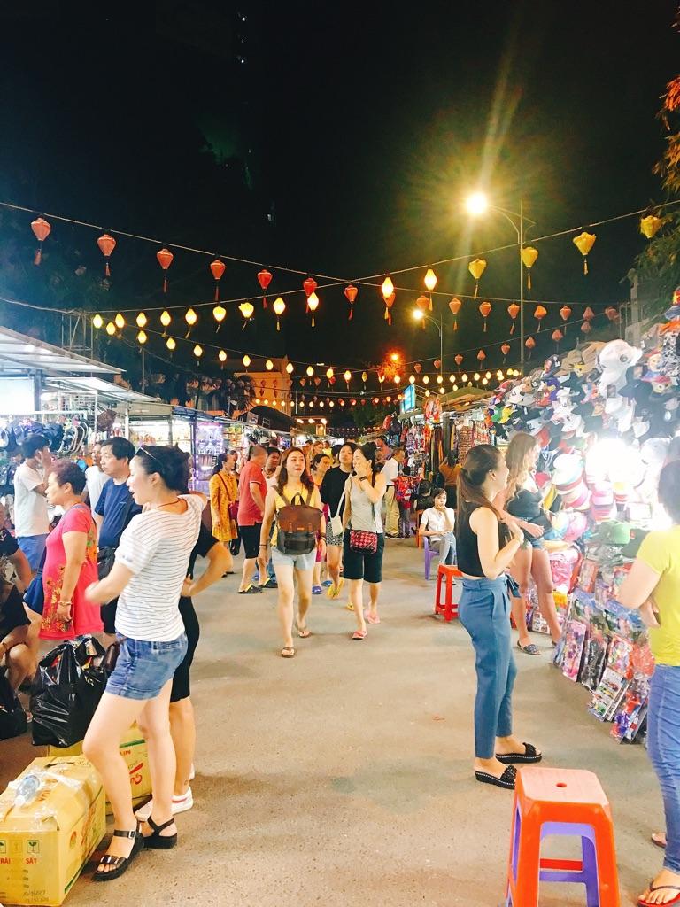 Chợ Đêm Nha Trang, Trần Phú