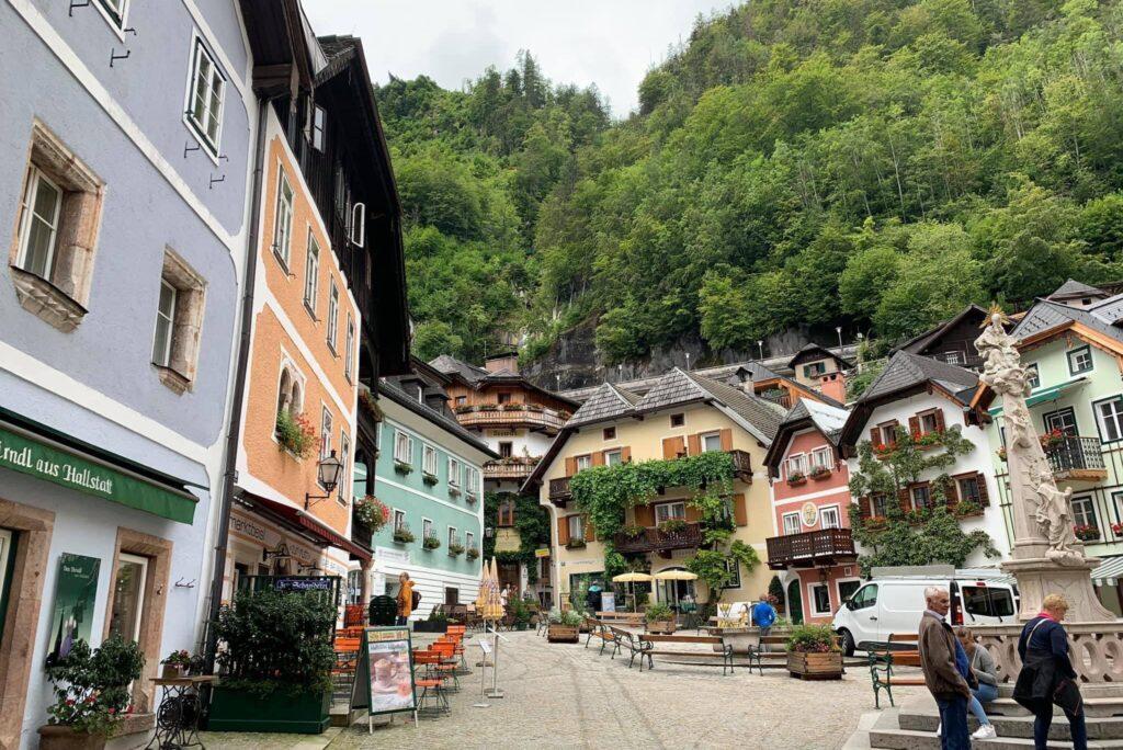 Hòn Ngọc Nước Áo