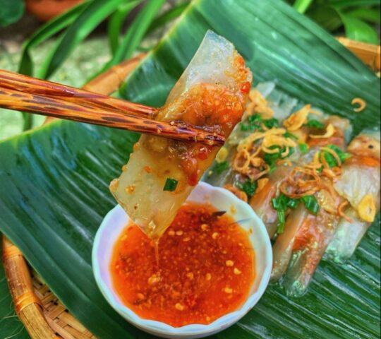 Quán Bánh Bèo Nậm Lọc Bà Đỏ, 8 Nguyễn Bỉnh Khiêm, Tp. Huế
