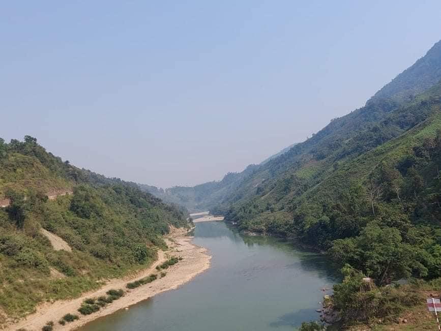 Kẻng Mỏ, đi tìm nơi đầu nguồn sông Đà chảy vào đất Việt.
