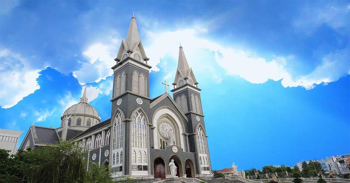 Nhà thờ Chánh Tòa Phú Cường, 394 Cách Mạng Tháng Tám