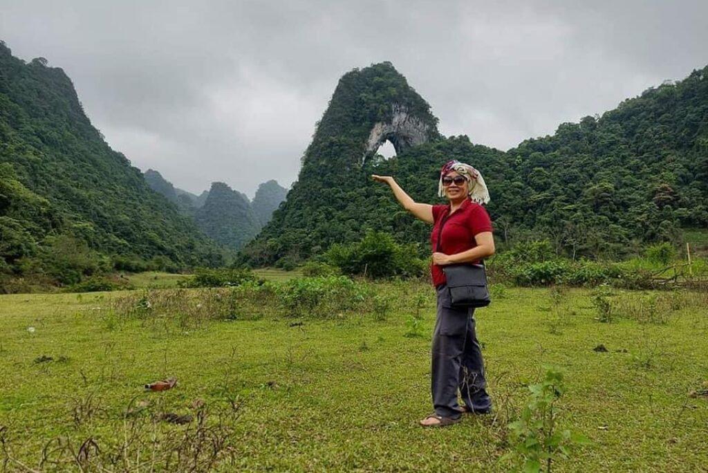 Check-in và ngắm nhìn tuyệt tác của thiên nhiên — tại Núi Thủng Nậm Trá Trà Lĩnh Cao Bằng.